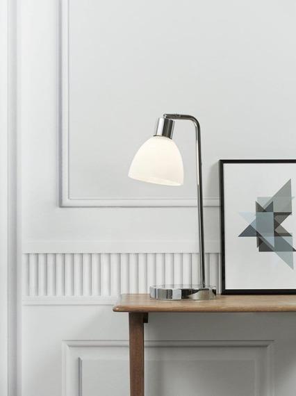 Biała lampa biurkowa Nordlux Ray 63201033